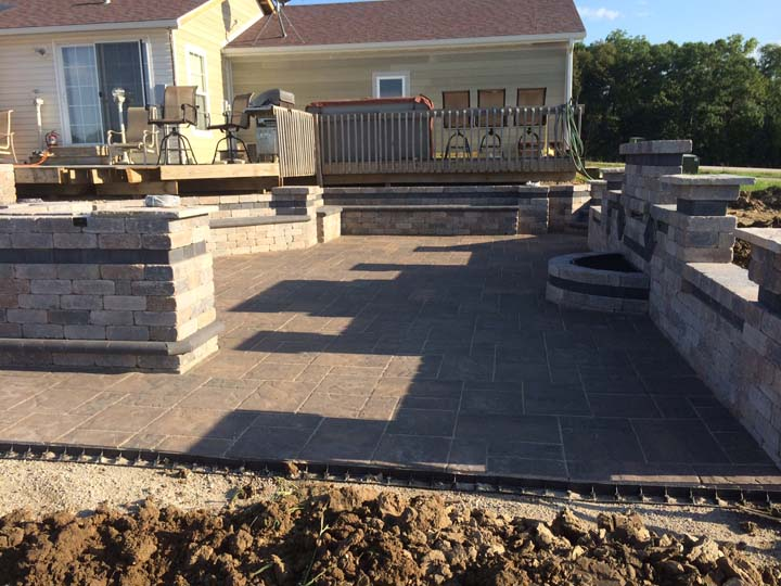 Woosley Landscaping & Mowing - Landscaper - Indianola, IA - Thumb 3